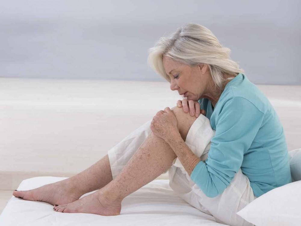 Боль в суставах и усталость – какие могут быть причины?