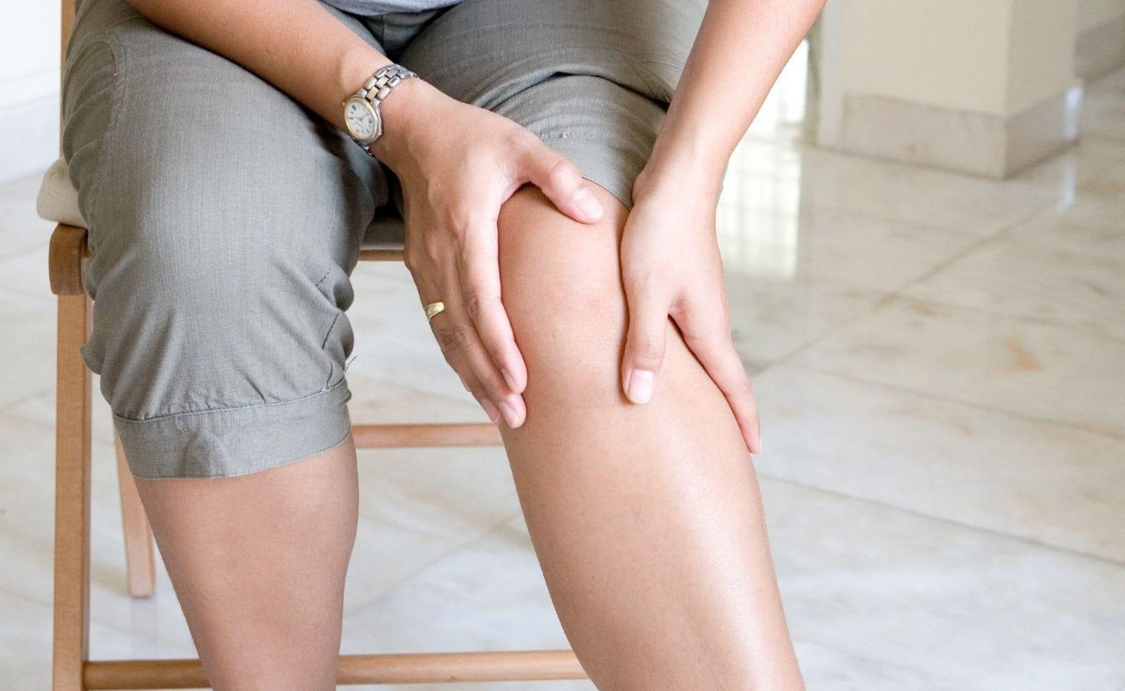 Боль в суставах и отеки: причины, лечение, домашние средства
