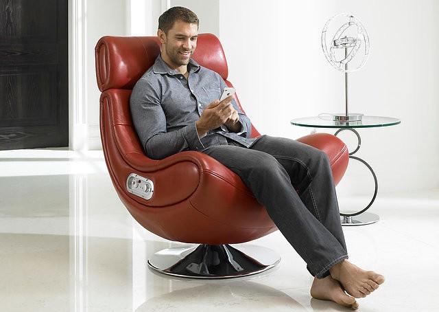Может ли кресло помочь облегчить боли в спине? Советы, как выбрать.