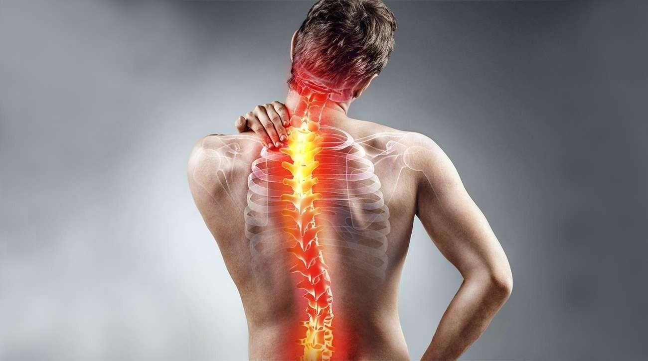 Жгучая боль в спине: причины и диагностика.
